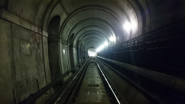 Walking the Thames Tunnel